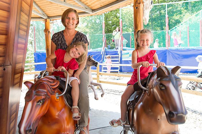 Pferde Kinderkarussell