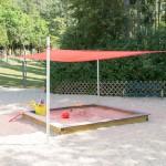 Kinder- und Kleinkinderspielplatz