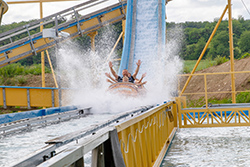 03 Wildwasserbahn Pirateninsel